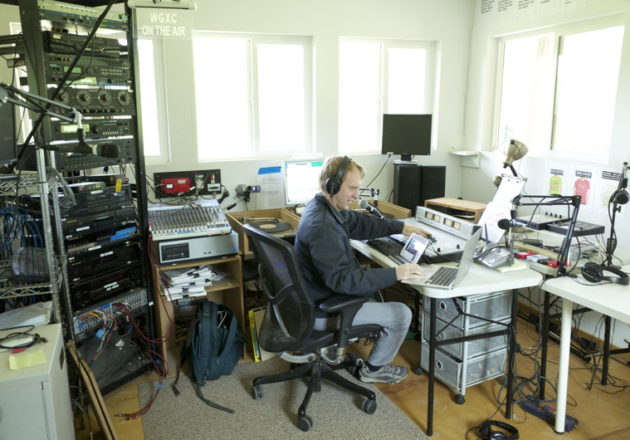 Tom Roe of WGXC radio